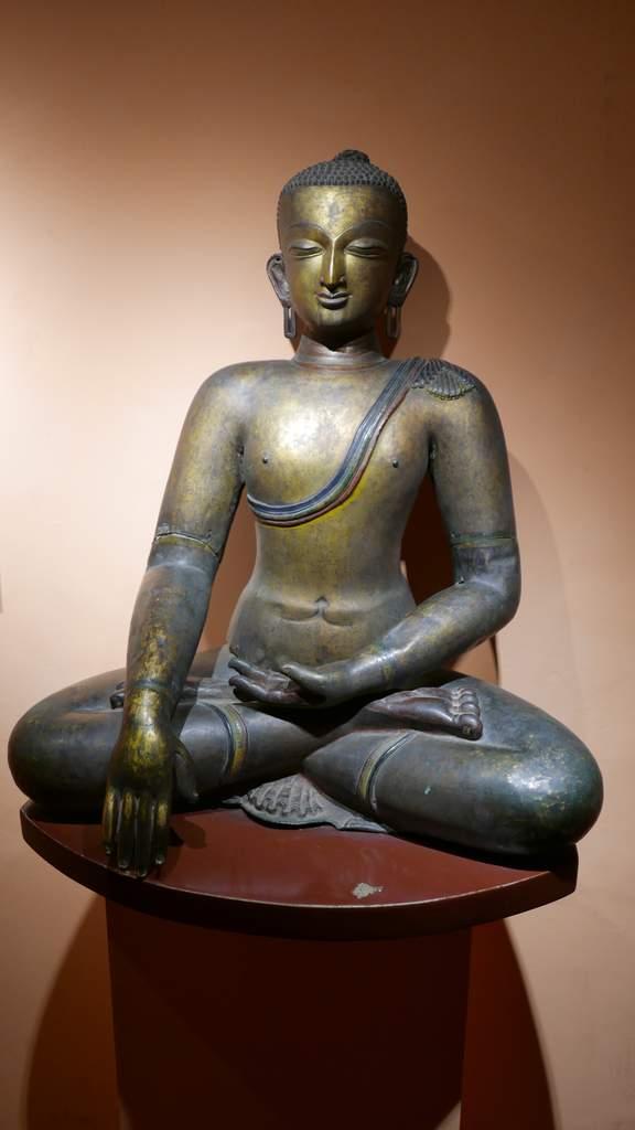 patan buddha