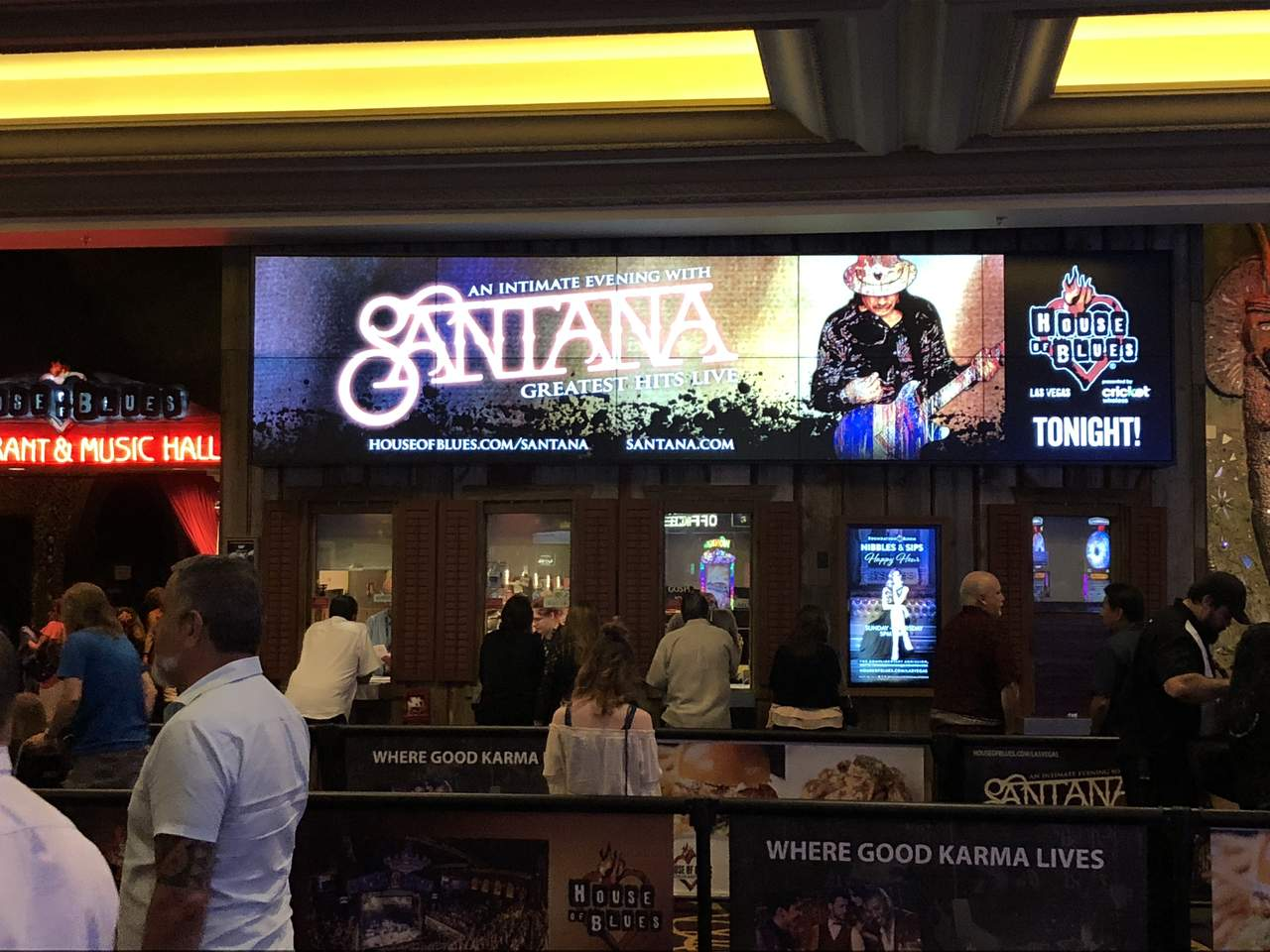 vegas santana sign